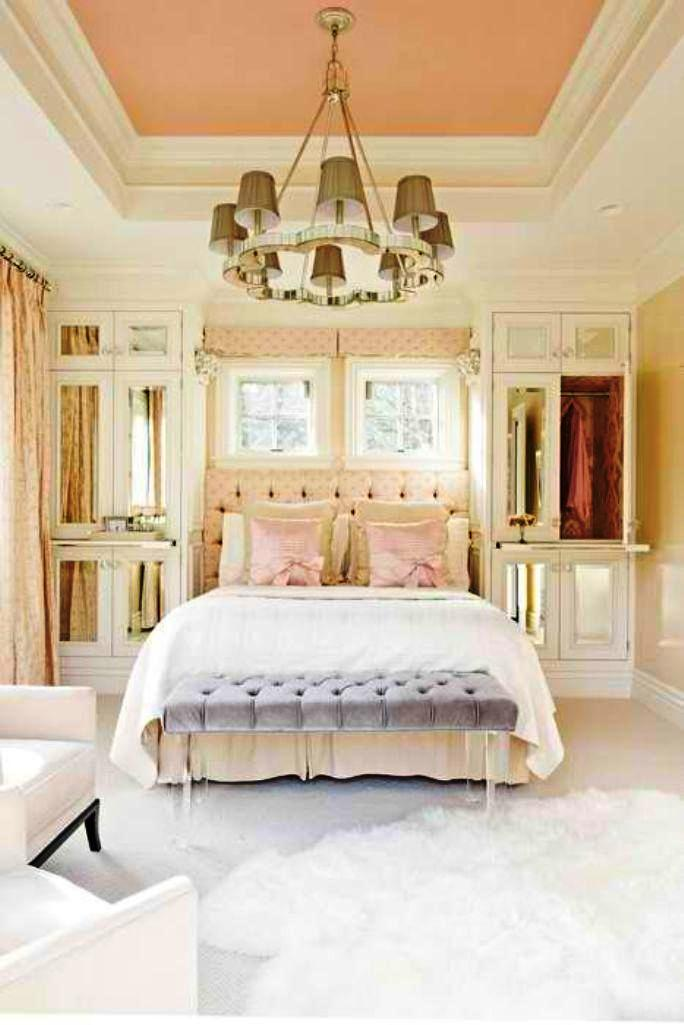 18-Pastel Colored Bedroom
