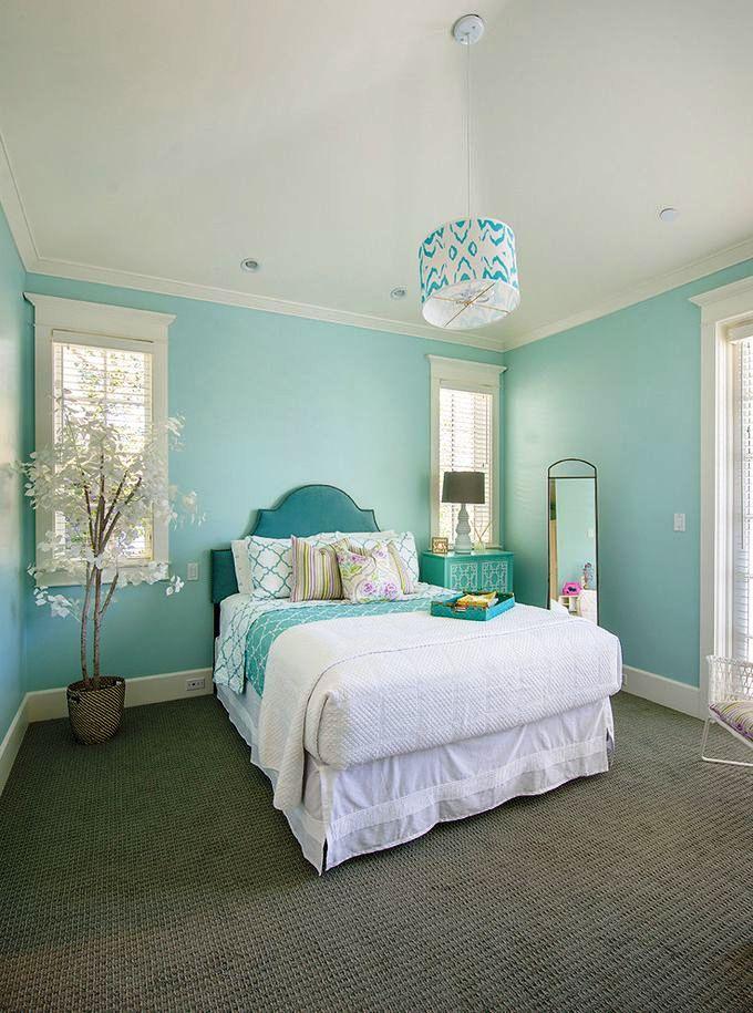 33-Pastel Colored Bedroom