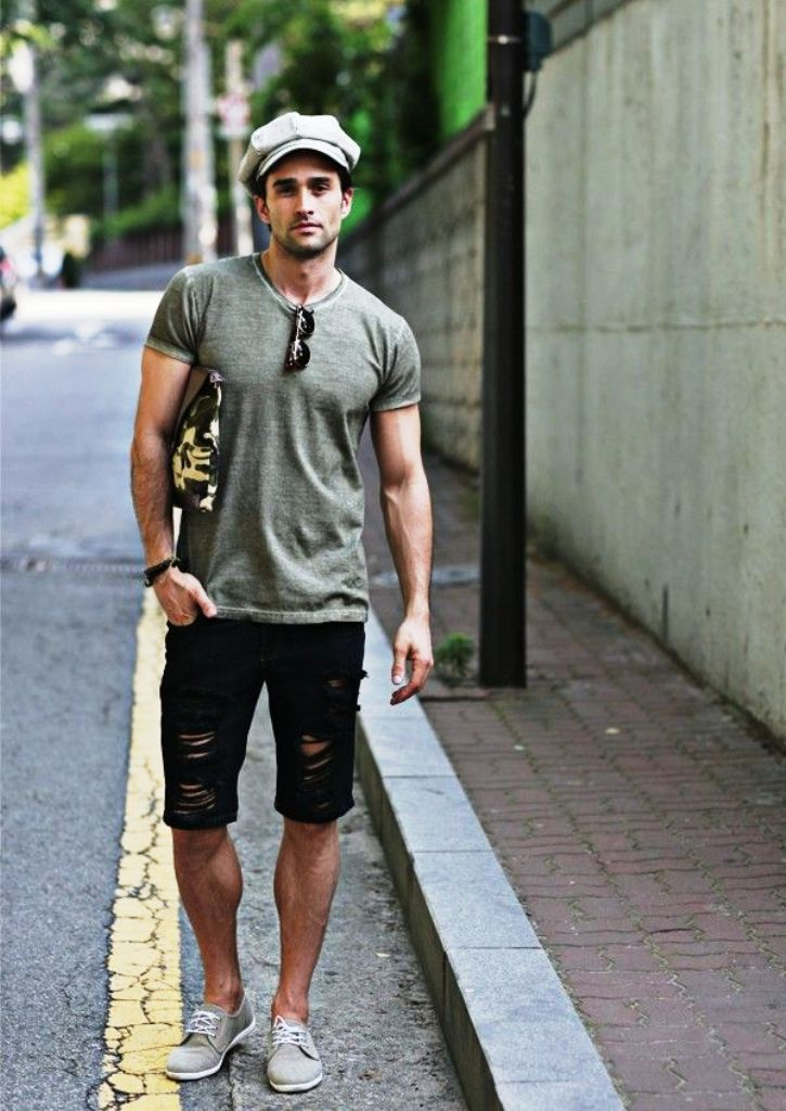 14. Short Outfits For Men