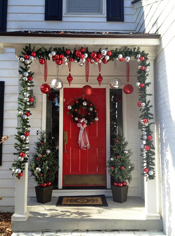 25 amazing christmas front porch decorating ideas Christmas decorating themes