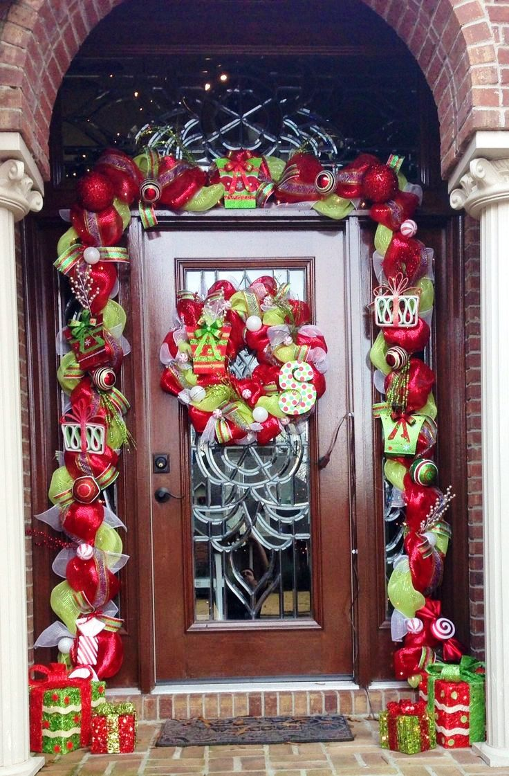 3-christmas-front-door-decoration-ideas