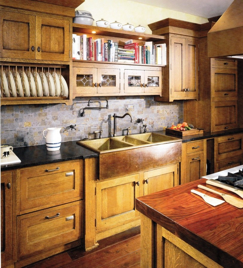 13-Craftsman Kitchen sink Ideas