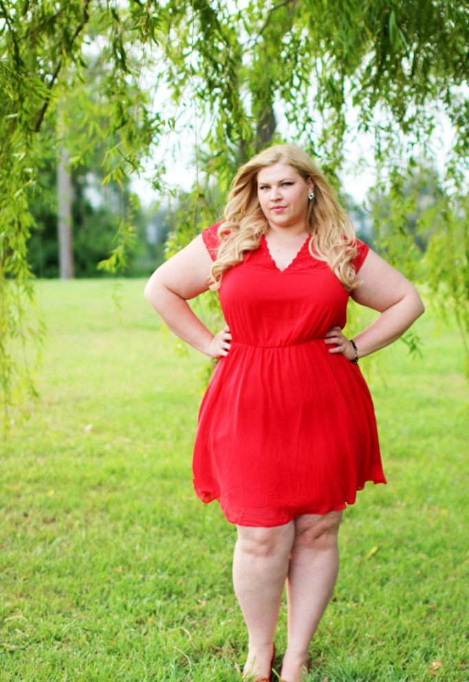 Christmas Outfits For Plus Size Women