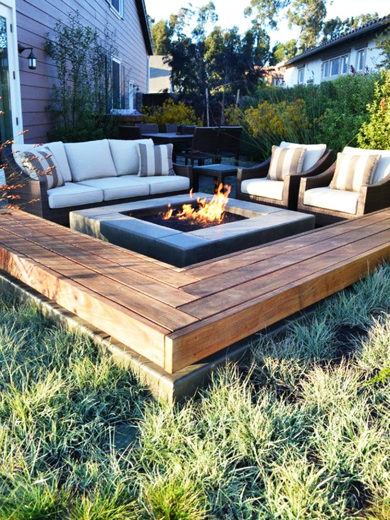 20 Amazing Outdoor Fire Pit Ideas To Try Out In 2017 ... on Outdoor Patio Designs With Fire Pit id=69212