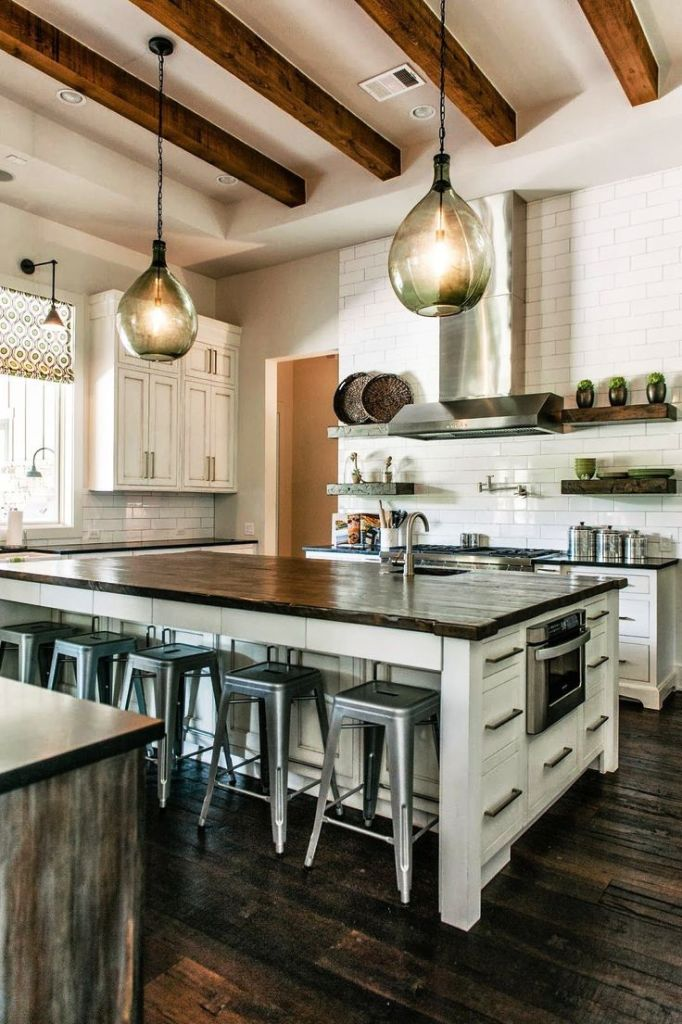 18. Industrial Farmhouse Kitchen