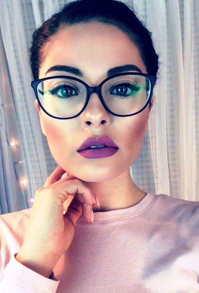 19. Girls With Glasses Ideas