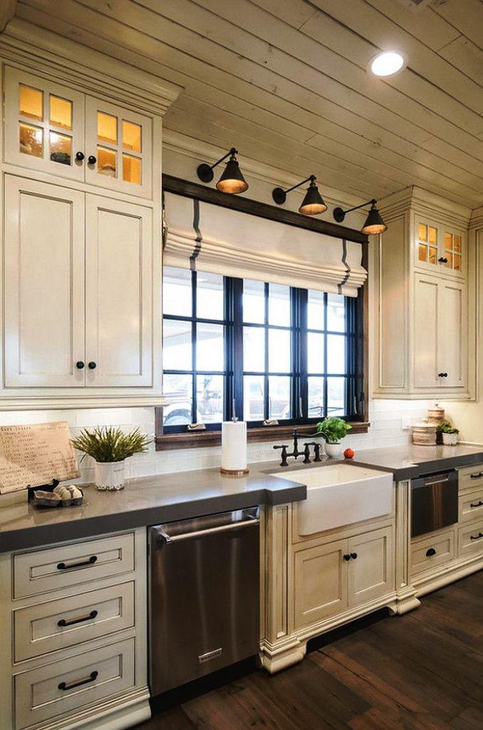 4. Farmhouse Kitchen Cabinets