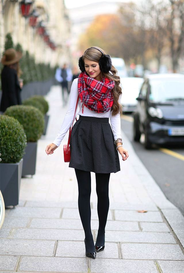 24-Christmas Outfit Trendy