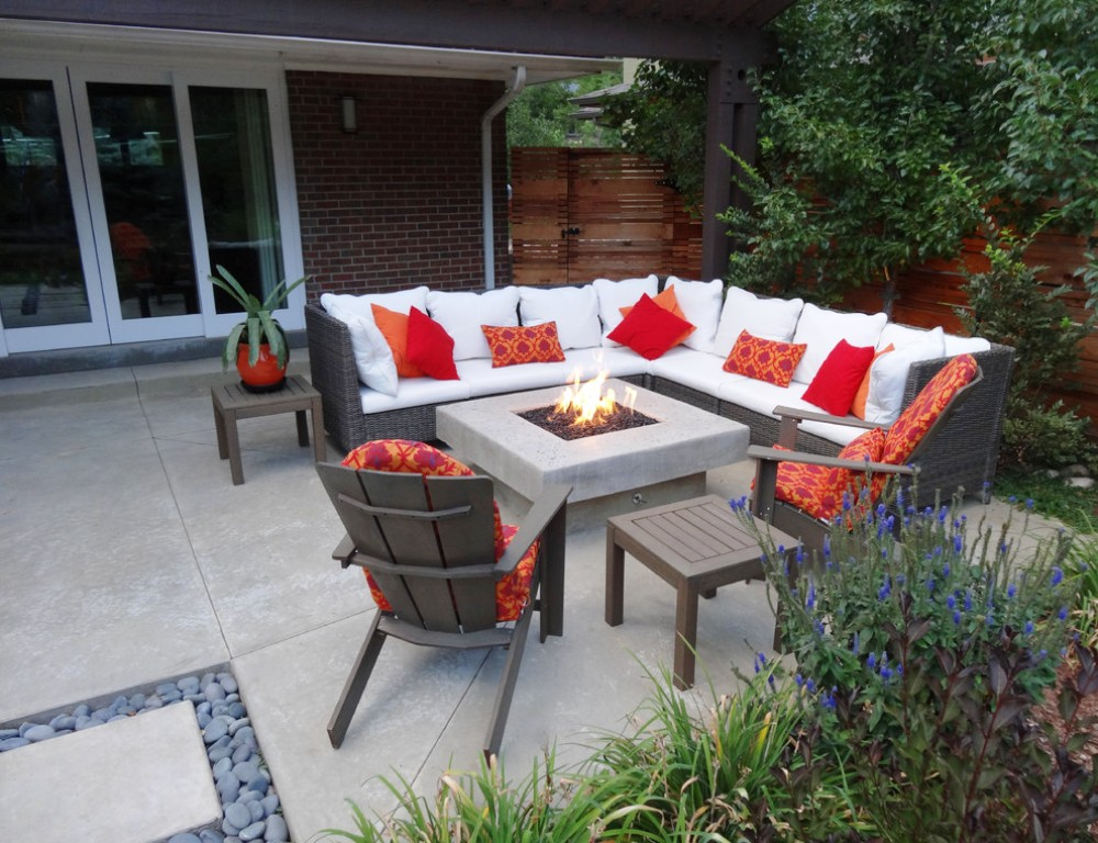 17-Outdoor Fire Pit