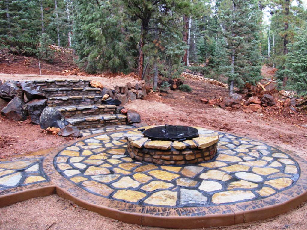 23-Outdoor Fire Pit
