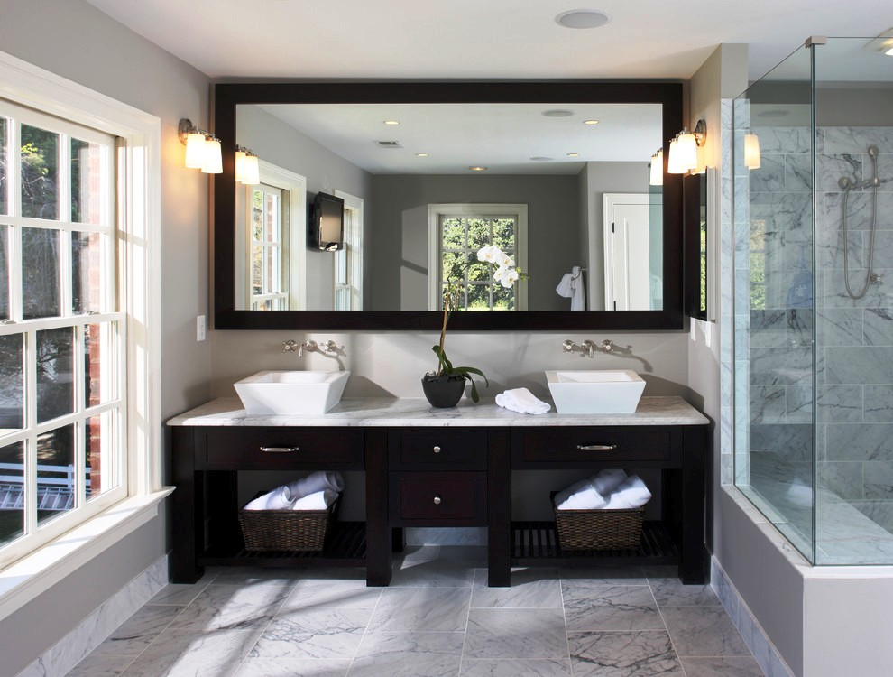 36-Transitional Bathroom Design