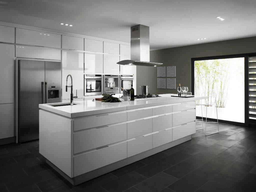 26. White luxury Kitchens