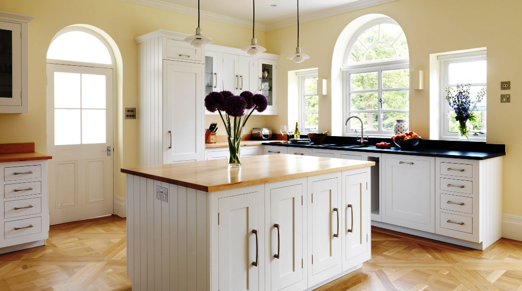 38. White luxury Kitchens