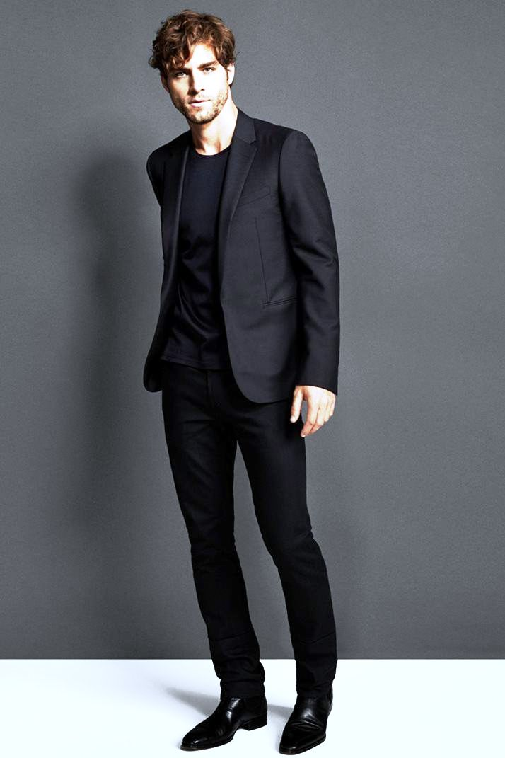 4-black suit fashion ideas for men