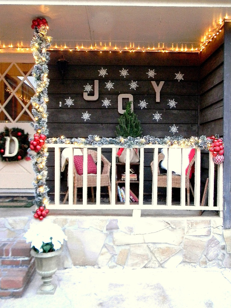15-christmas-front-porch-decorating-ideas