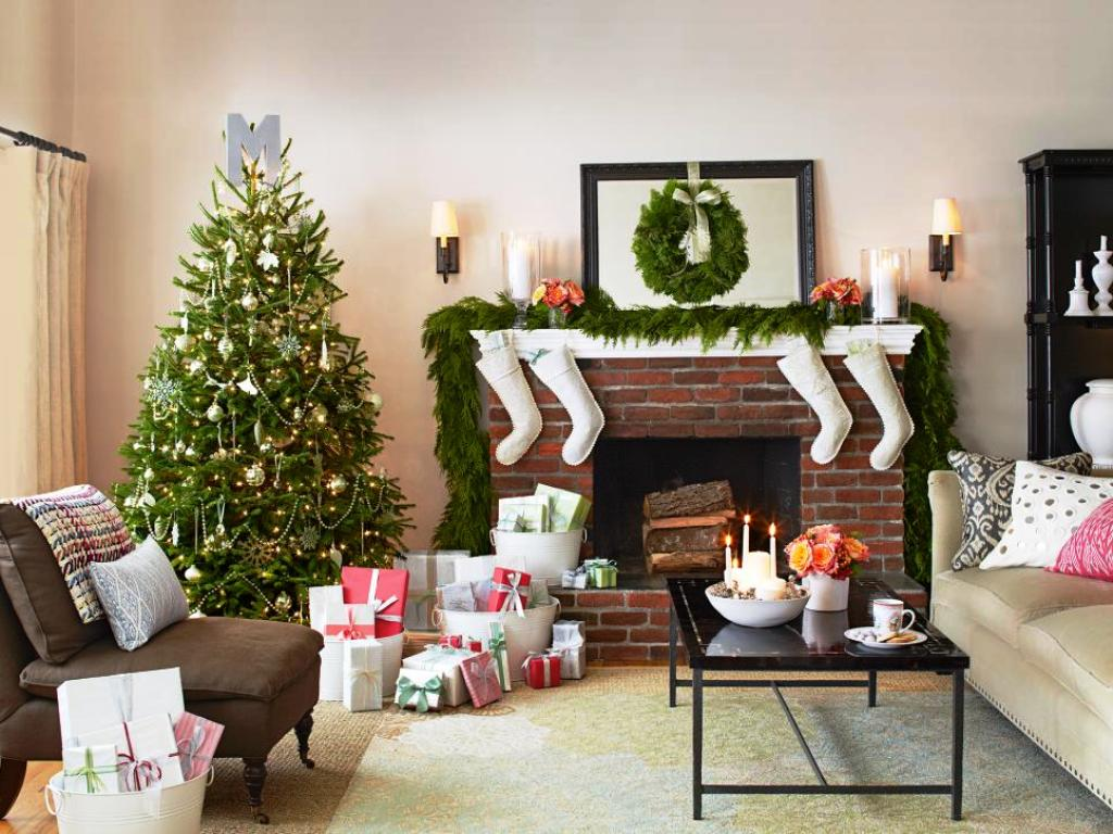 16-festive-christmas-tree-decorating-ideas