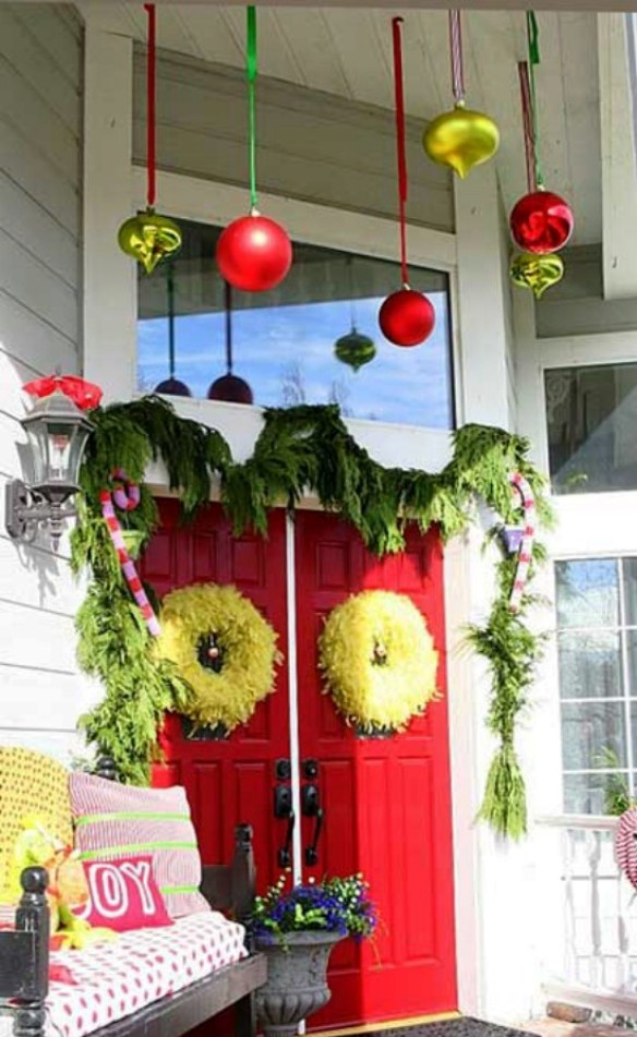 18-christmas-front-porch-decorating-ideas