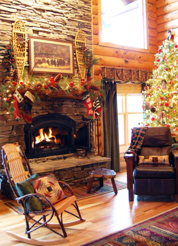 20-fireplace-mantel-decoration-ideas-for-christmas