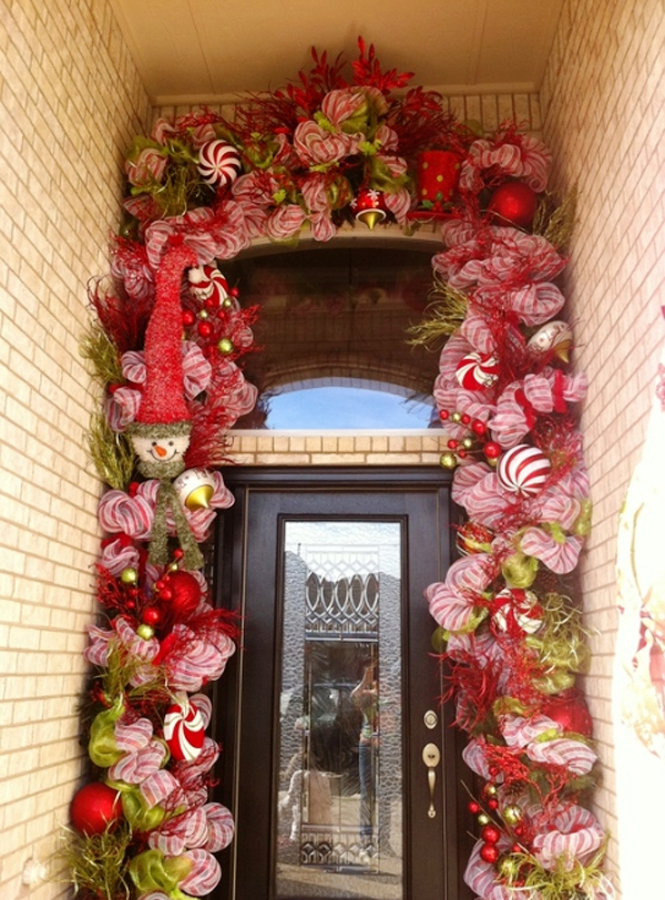 17-christmas-front-door-decoration-ideas