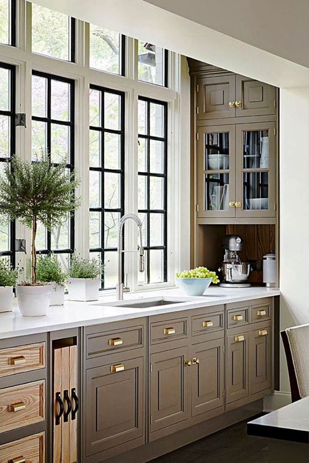 10. Traditional Kitchen Design