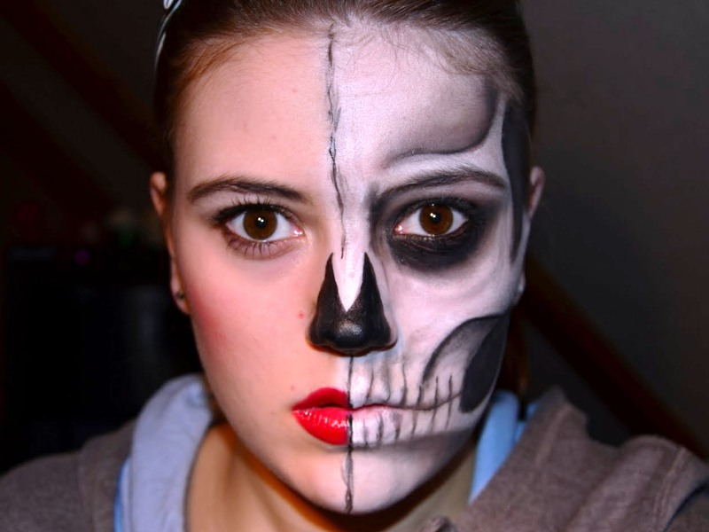 30. Half Face Makeup Ideas