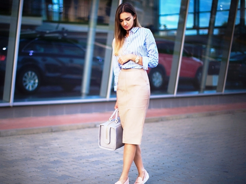 25 Awesome Pencil Skirt Outfits To Try This Year