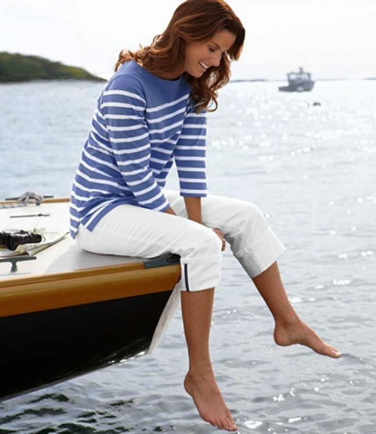 25 Trendy Nautical Fashion Outfits For Women To Try