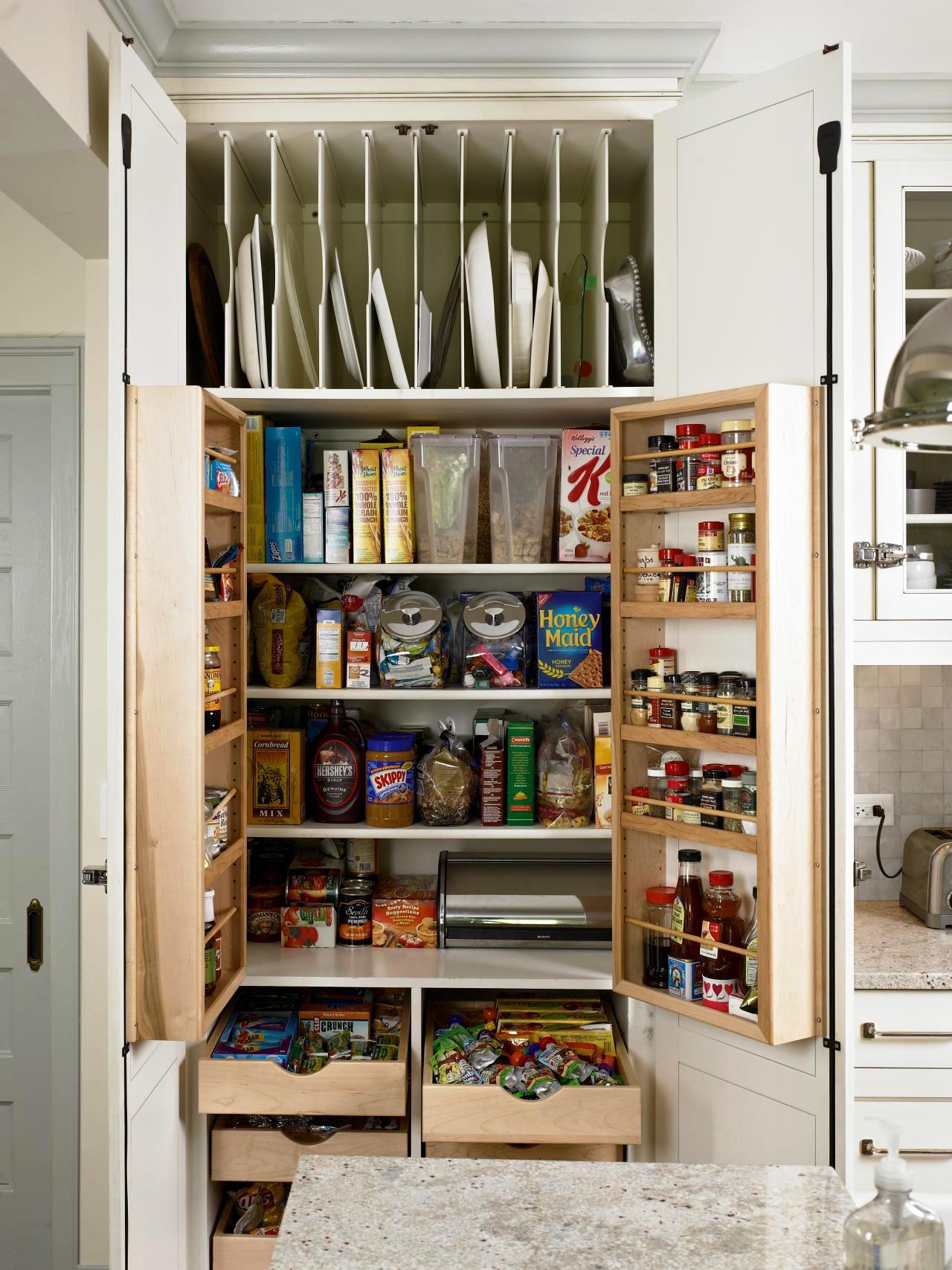 Small Spaces Storage Ideas Designs (1)