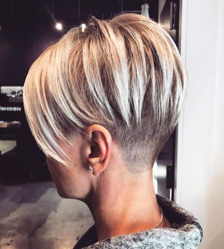 32. Undercut Hairstyle Ideas For Women
