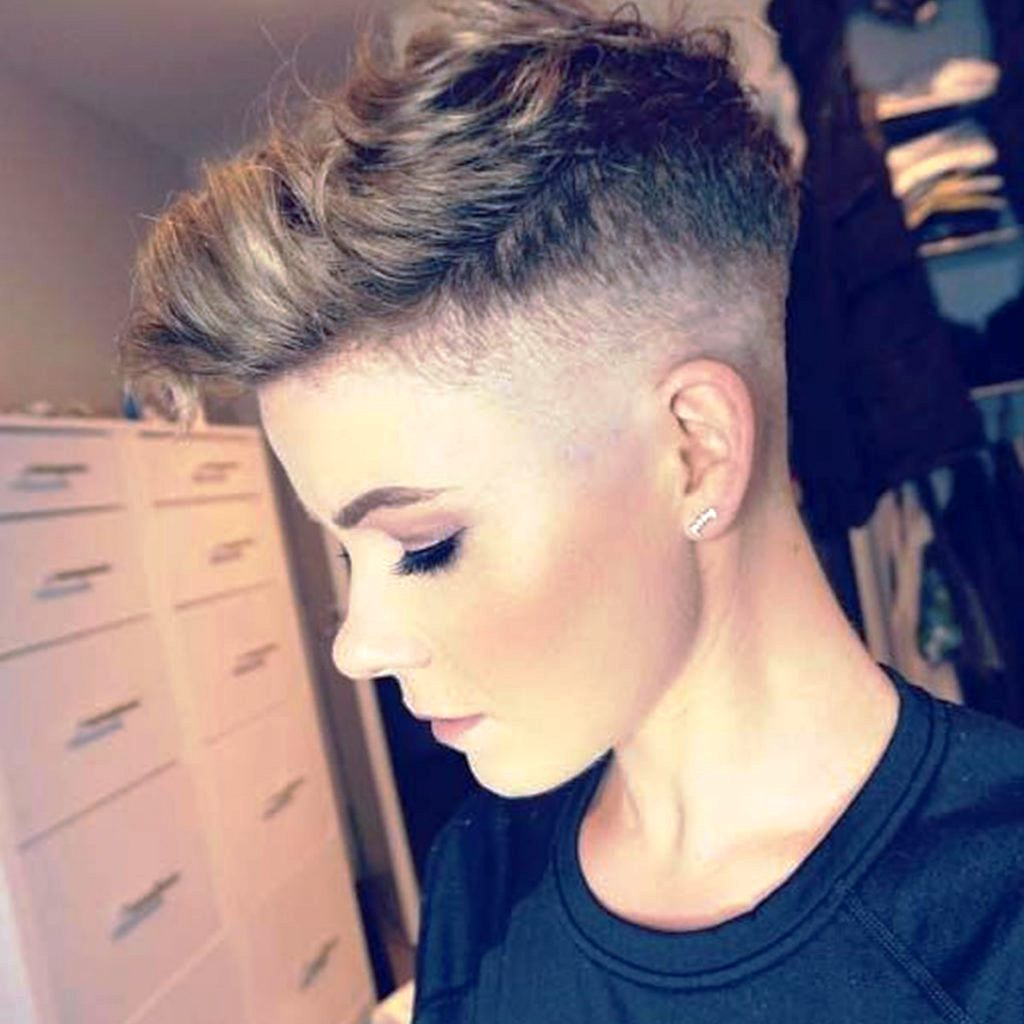 38. Undercut Hairstyle Ideas For Women