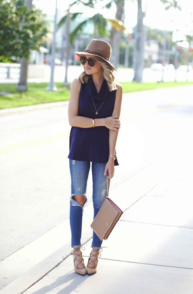 49-Cowl Neck Top Street Style