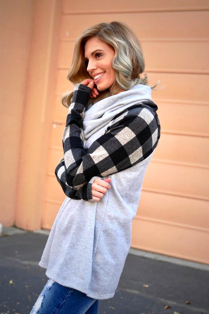 50-Cowl Neck Top Street Style