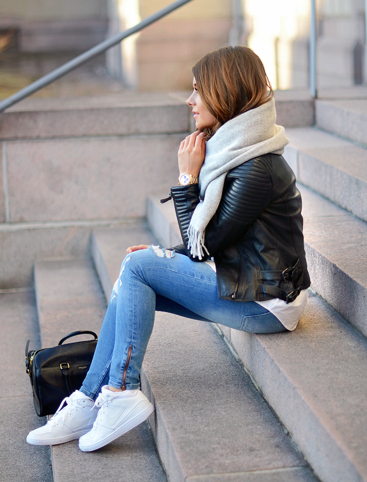 Ripped Jeans With White Sneakers For Women