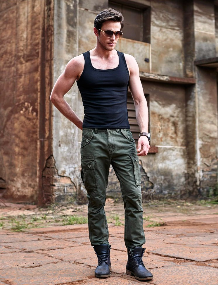 2. Cargo Pants Outfit Ideas