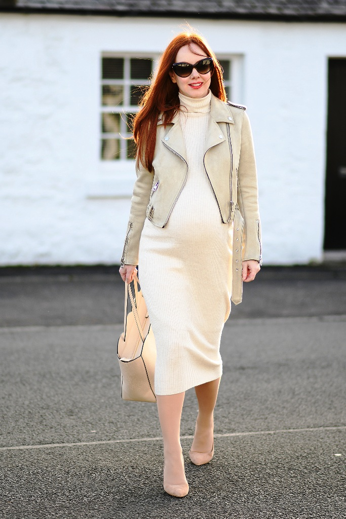 3. Maternity Outfit Ideas