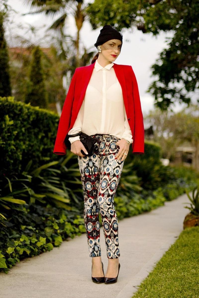 9-Printed Pant Outfit