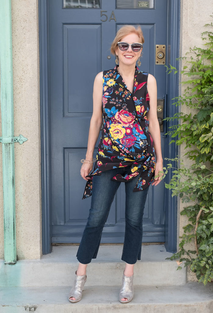 Flare Jeans Ideas For 40 Above Aged