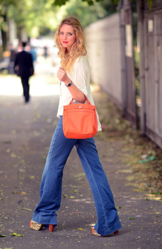 Wide Lag Flare Jeans Ideas