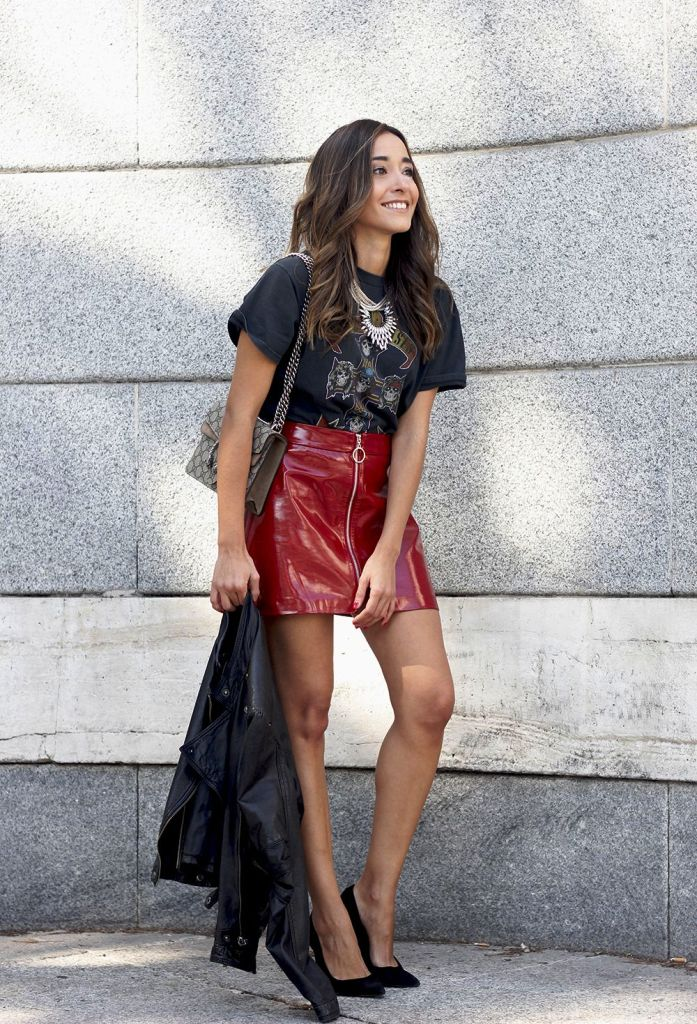 Red Leather Skirt Outfits