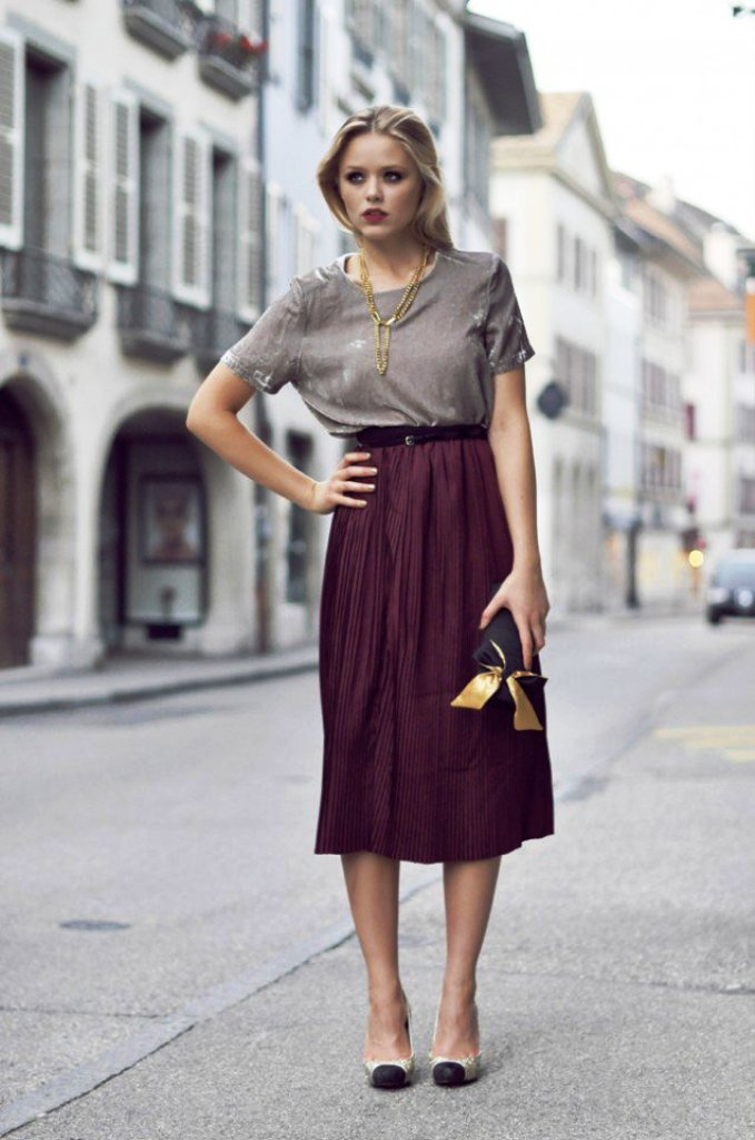 Skirt Velvet Outfit ideas
