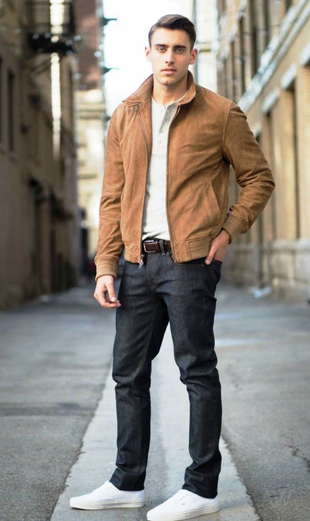Dark Wash jeans-12 Things Men Wear That Women Love