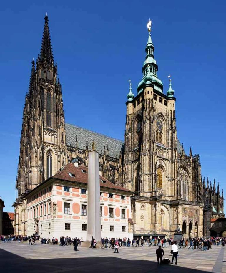 Prague Castle-Top 10 Tourist Attractions In Prague This Year